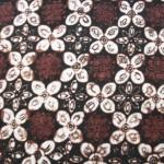 Secara umum kain batik jogja mempunyai ciri-ciri dari warna kain itu ...